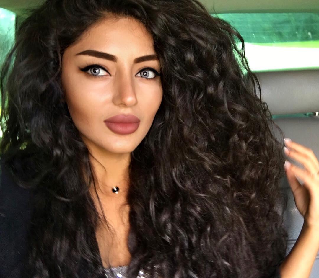 Single armenians