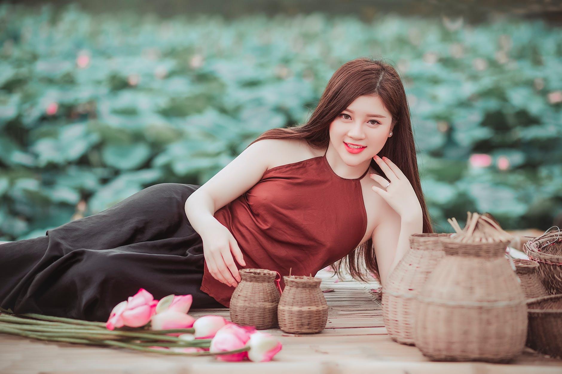 Meet asian women free